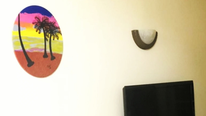 GW Art adds Colour to the Walls of a New Home!